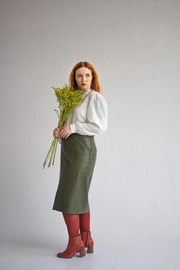 С чем носить блузку в стиле 80-х